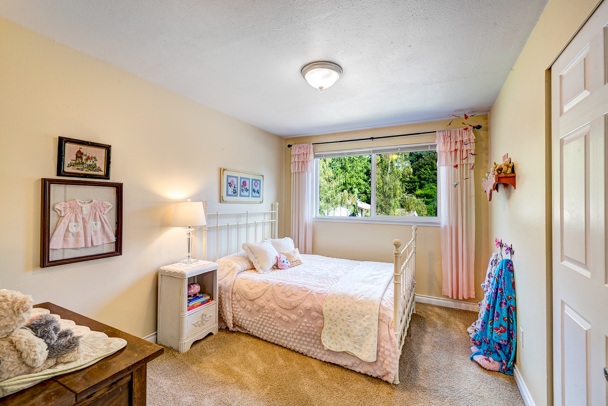 7a-bedroom-1.jpg