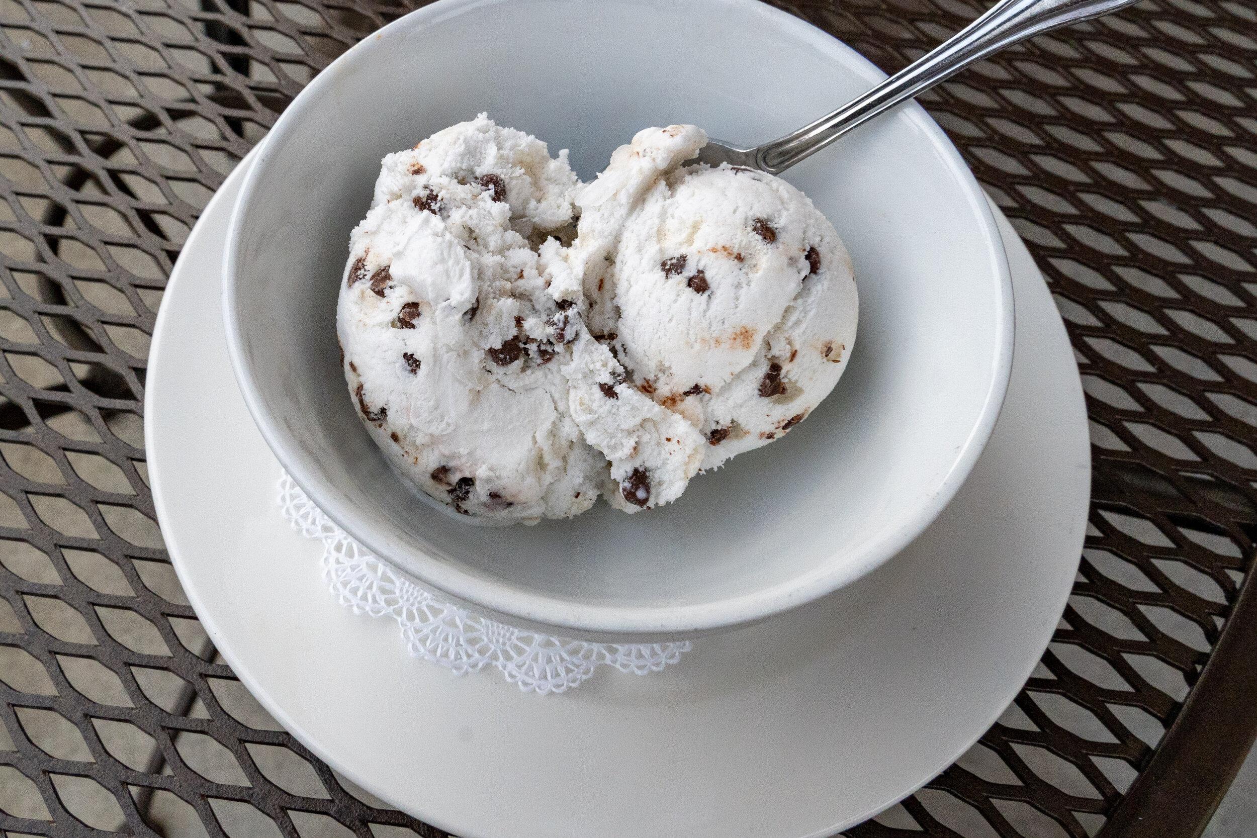 Vegan Choc Chip ice cream Cooks Tavern.jpg