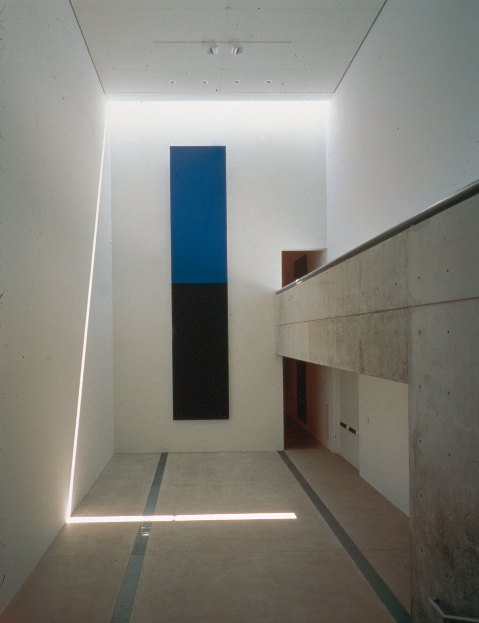 Ellsworth Kelly Blue Black 2000 Painted aluminum Pulitzer Foundations for the Arts, Saint Louis  336 x 70 x 2.5 inches      View More Ellsworth Kelly