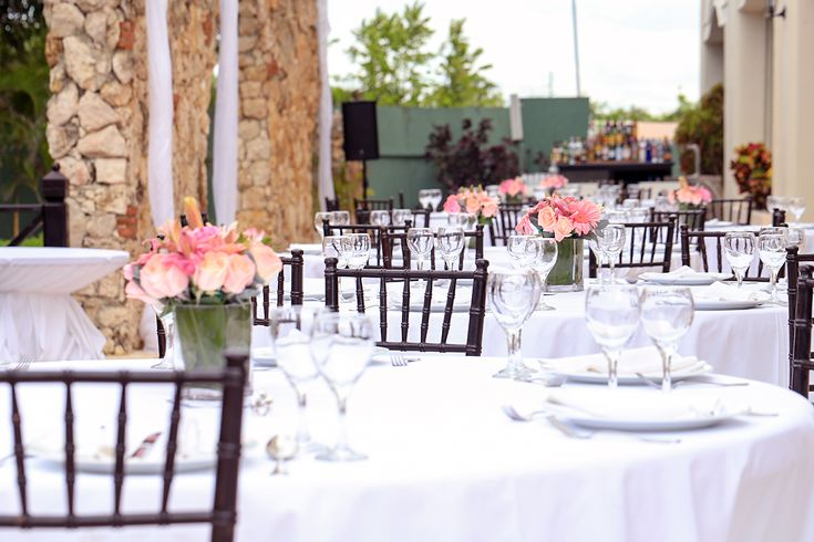 This outdoor wedding reception was held down a quiet, picturesque alley with a private bar.