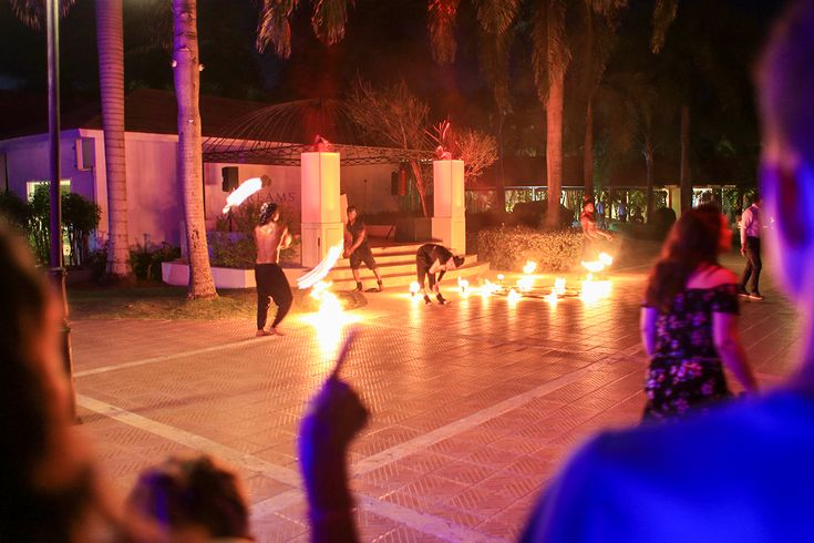 We arrived 10 minutes late to the Fire Show and the performers were already extinguishing their torches. Activities that guests participate in rarely begin on time, but entertainment begins promptly.