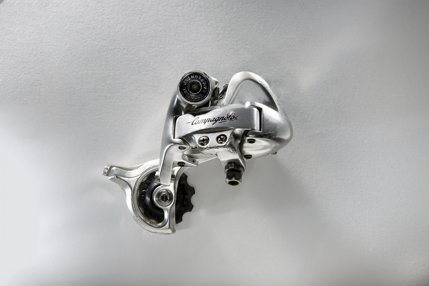 Campagnolo Record OR  It was introduced in 1992 and was Campy's high-end MTB grouppo at the time.