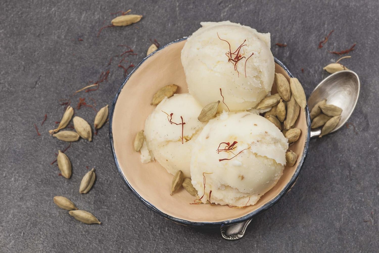 ghinghinelli-zafferano-bio-gelato.jpg