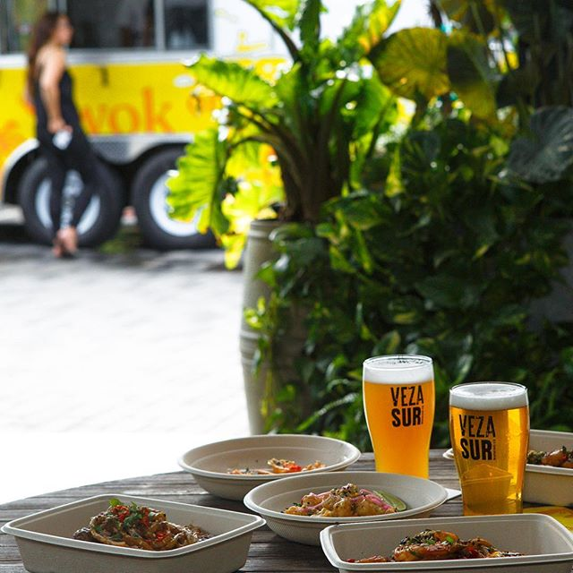 Yeah, I'll order one of everything. #ChifaStreet #foodtruck #VezaSur #MiamiEats