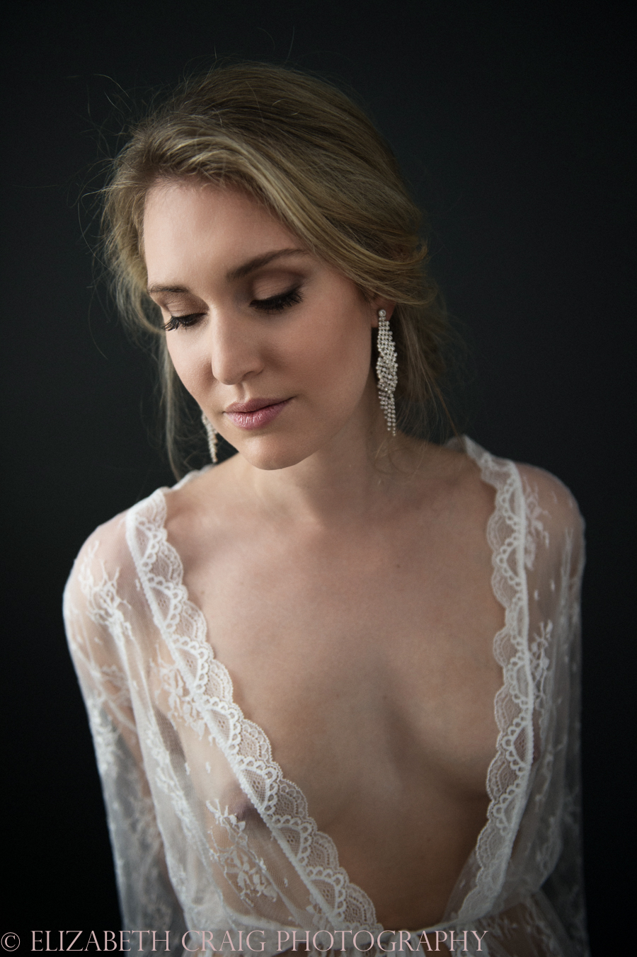 Romantic Bridal Boudoir Photos | Elizabeth Craig Photography-13