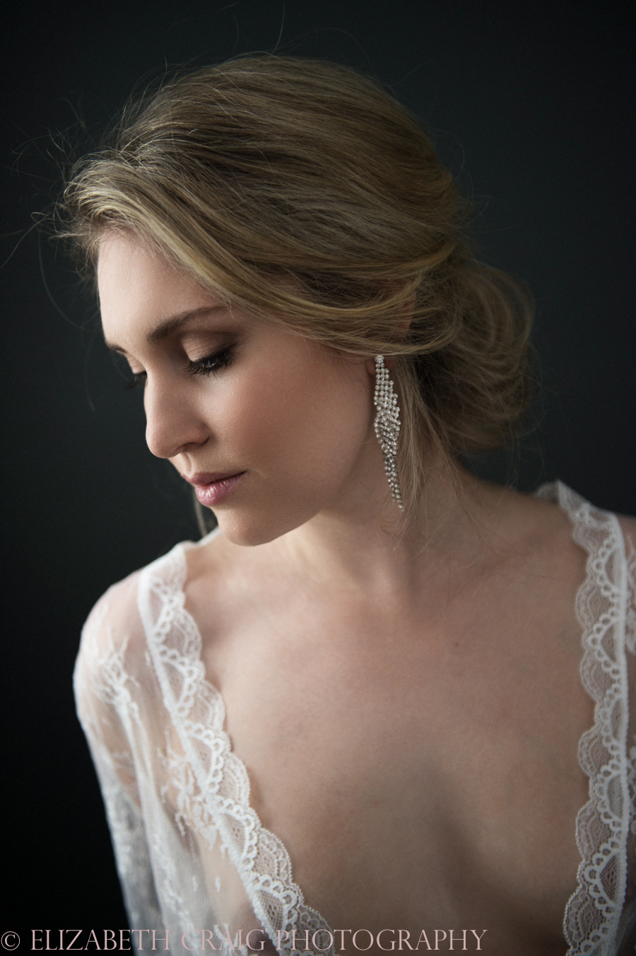 Romantic Bridal Boudoir Photos | Elizabeth Craig Photography-14