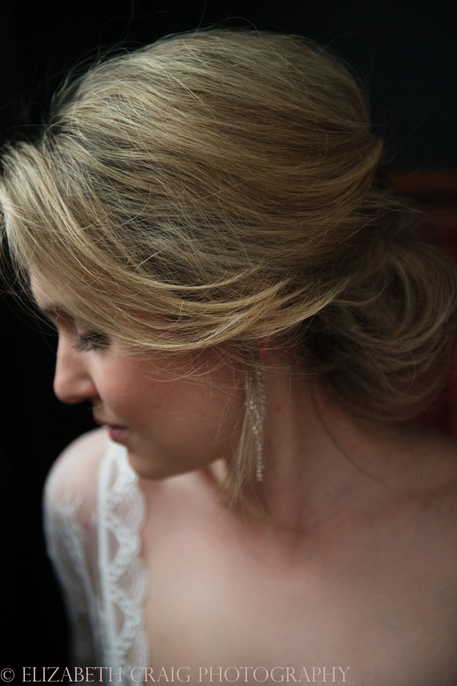 Romantic Bridal Boudoir Photos | Elizabeth Craig Photography-3