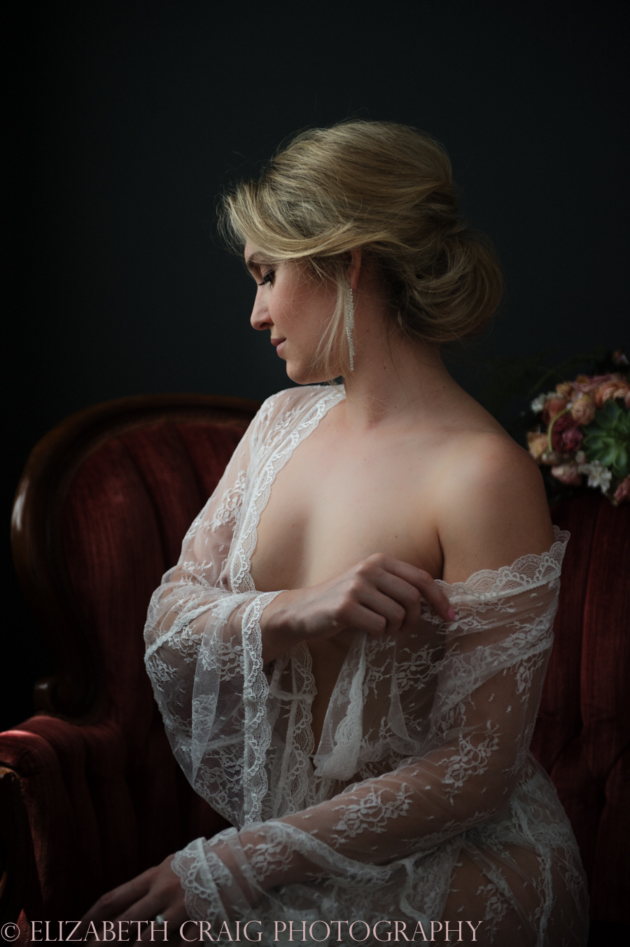 Romantic Bridal Boudoir Photos | Elizabeth Craig Photography-5