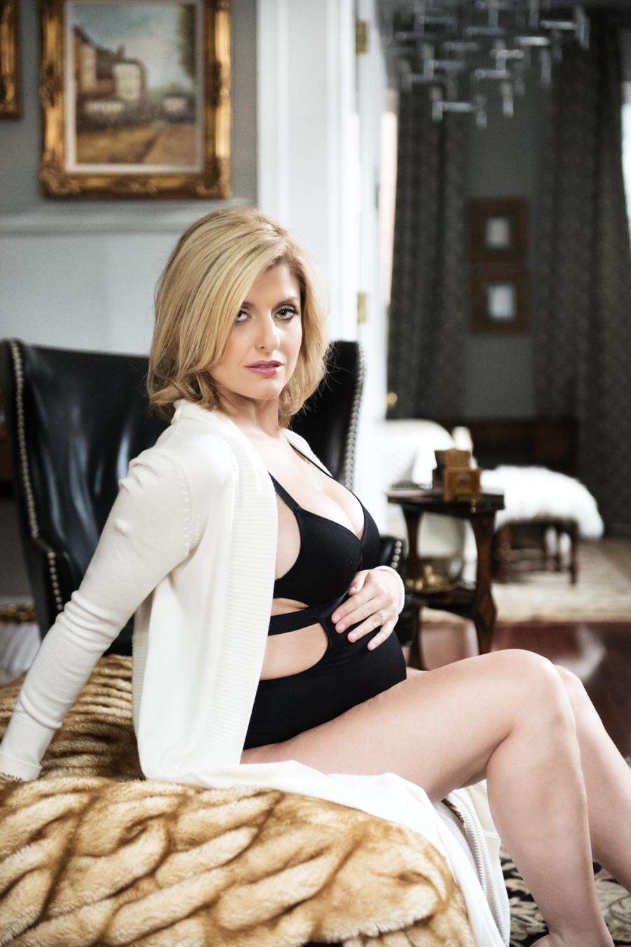 Philadelphia Maternity Boudoir Photographer   Elizabeth Craig Photography-4
