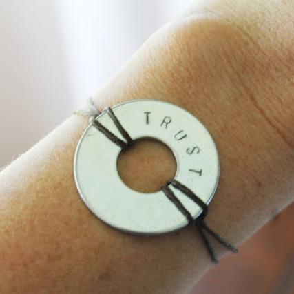 diy washer necklace bracelet.JPG