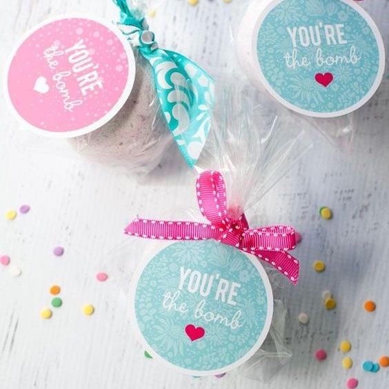 bath bomb gift tag.jpg