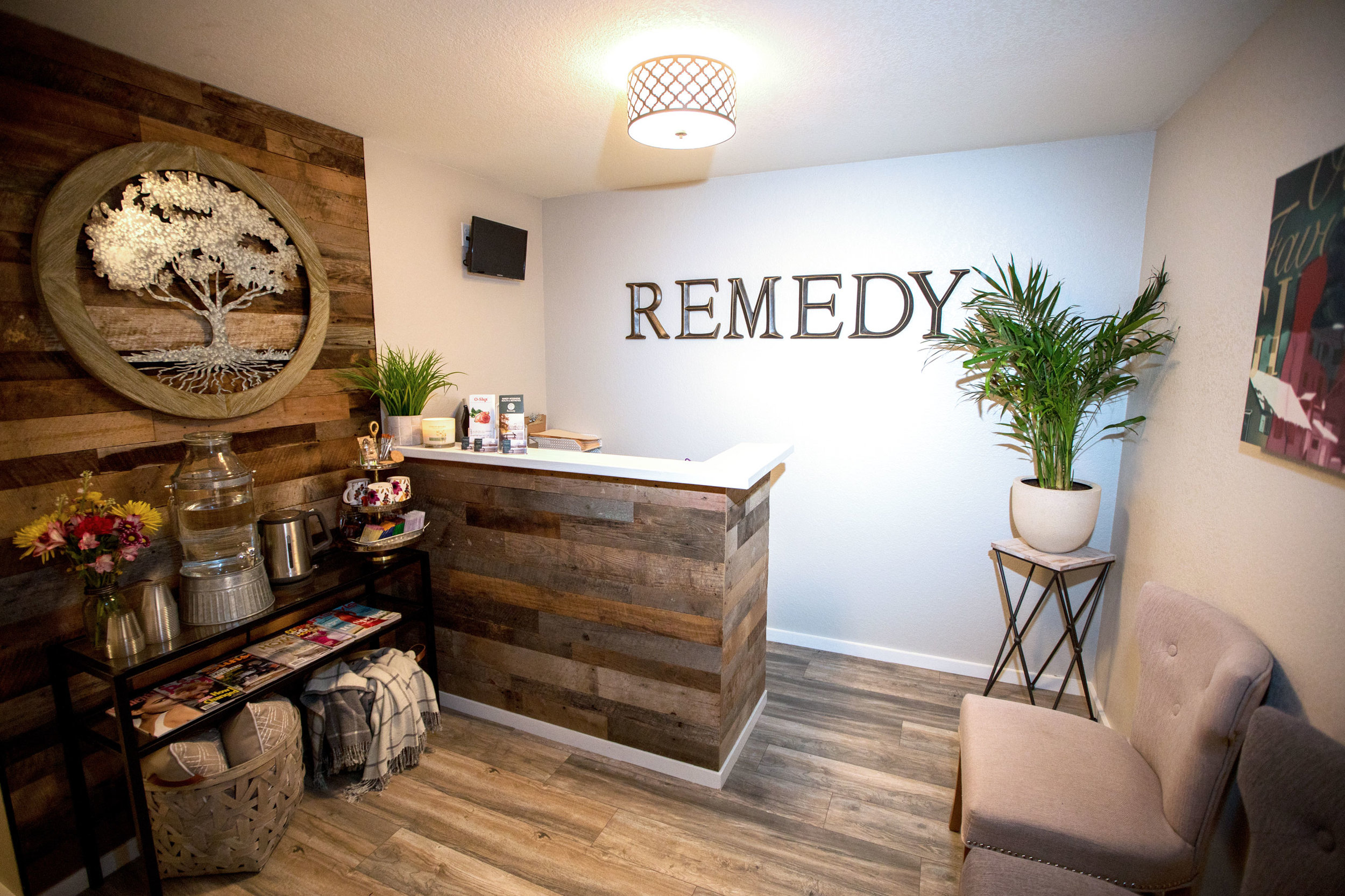 about remedy - Our practice is dedicated to providing safe, affordable, non-toxic and most importantly, highly effective anti-aging and wellness therapies. Feeling great is a big component of looking great.