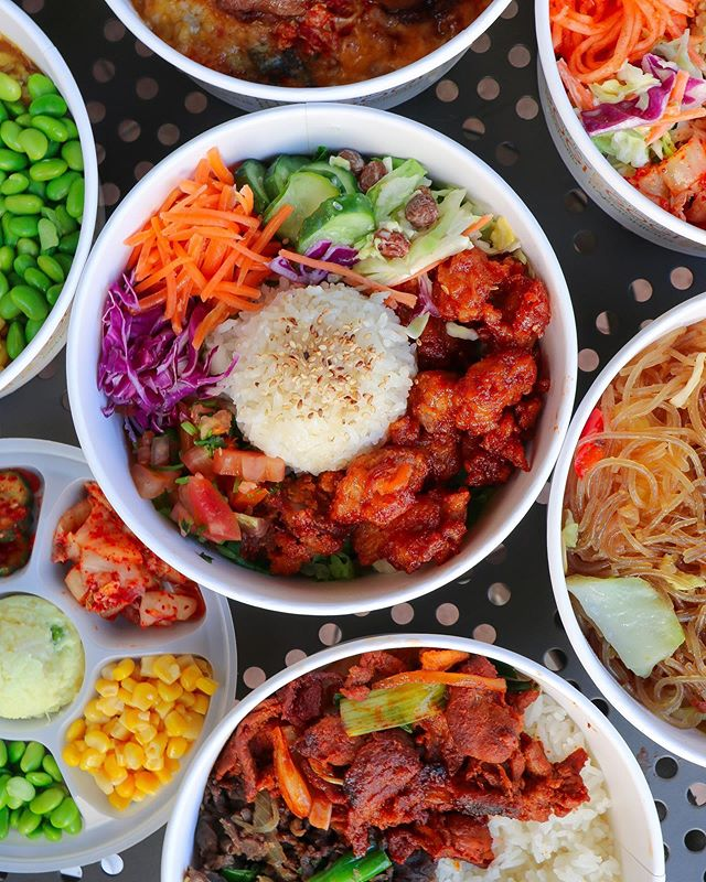 Bowls on Bowls on Bowls! 🍚🍙🍚Celebrate Fri-yay with our delicious Stack Bowls! 🔥🍤🥩🥗🌶 #seoulmix