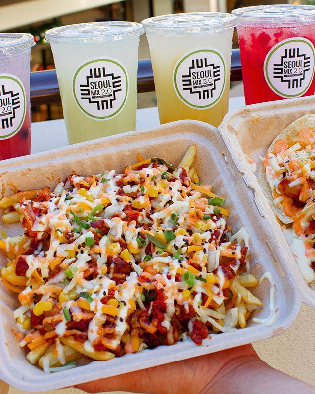 Issa Fry-day! Order our Soul Fries to celebrate! 🍟🍟 #seoulmix