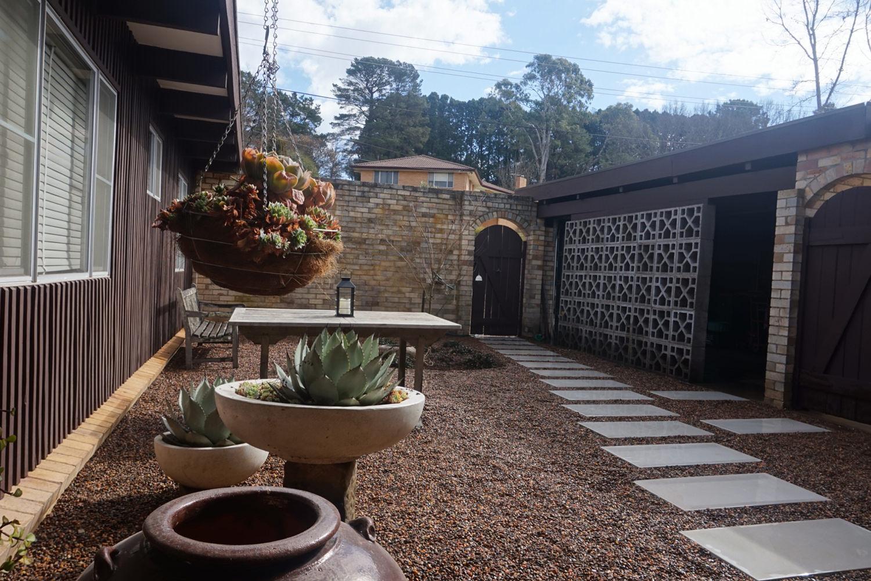 Courtyard 0.jpg