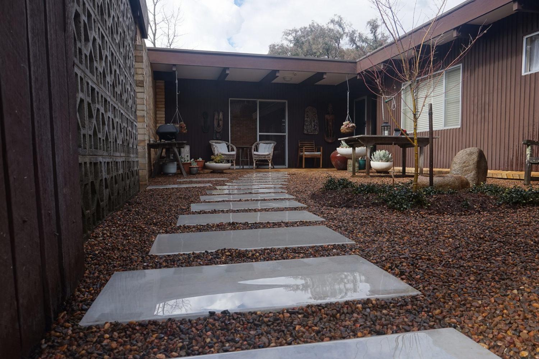Courtyard 05.jpg
