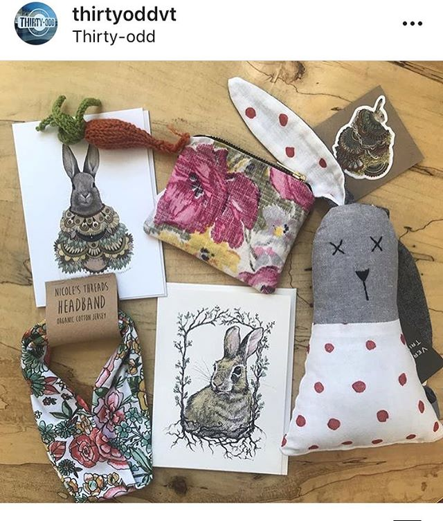 REPOST from @thirtyoddvt !! Can you spot the #dandy handmade carrot!?!? Yay springtime!! #MrEBunny #spring #knit #veggies #shoplocal