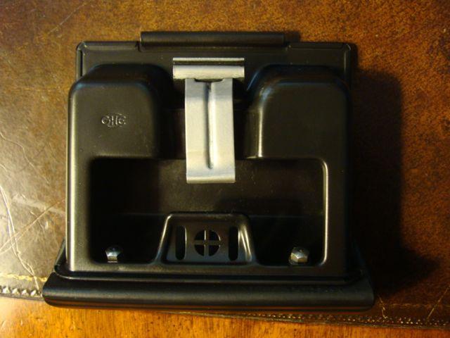 1972-Barn-ash-tray2.jpg