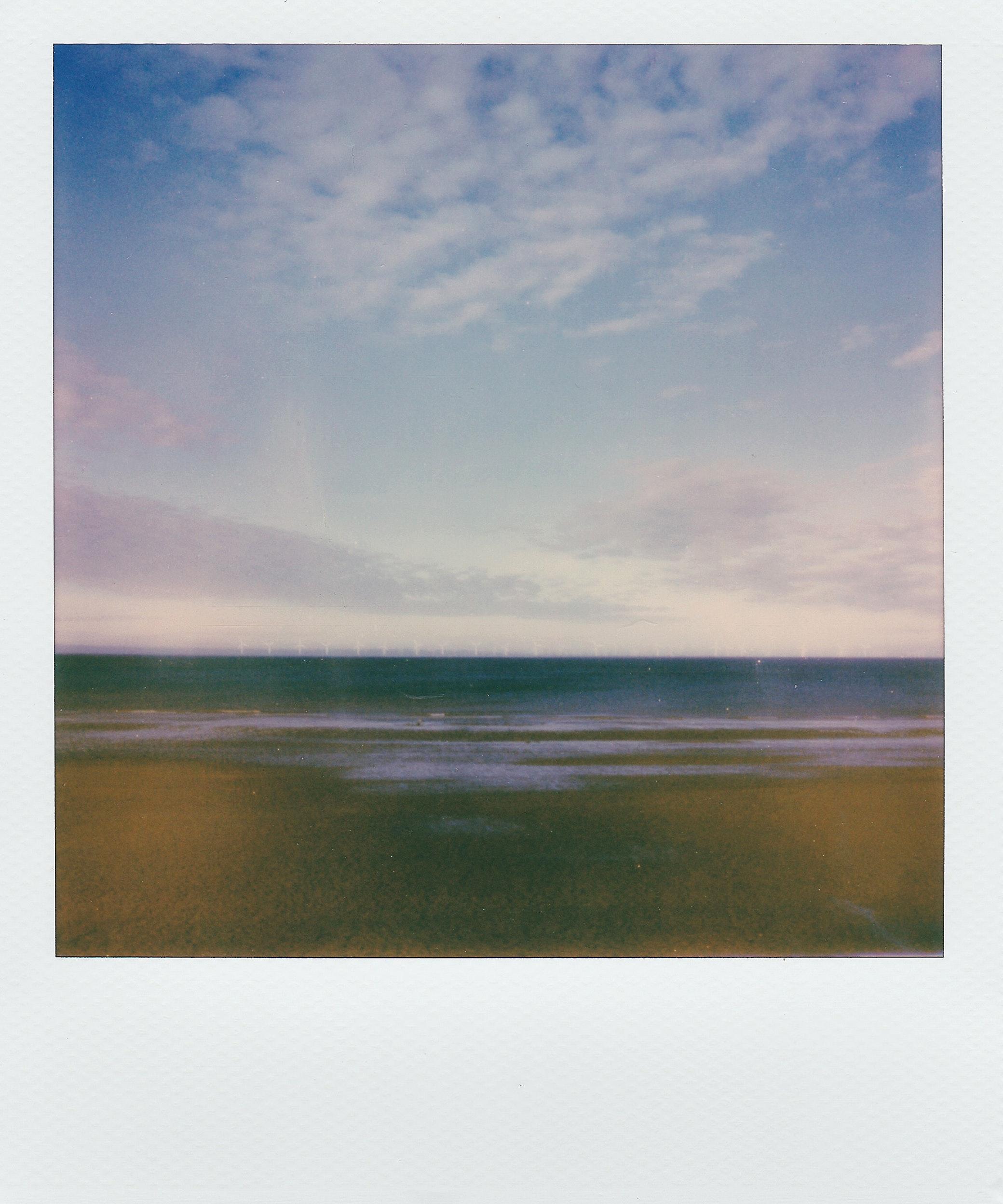 beach-clouds-daylight-2043013.jpg