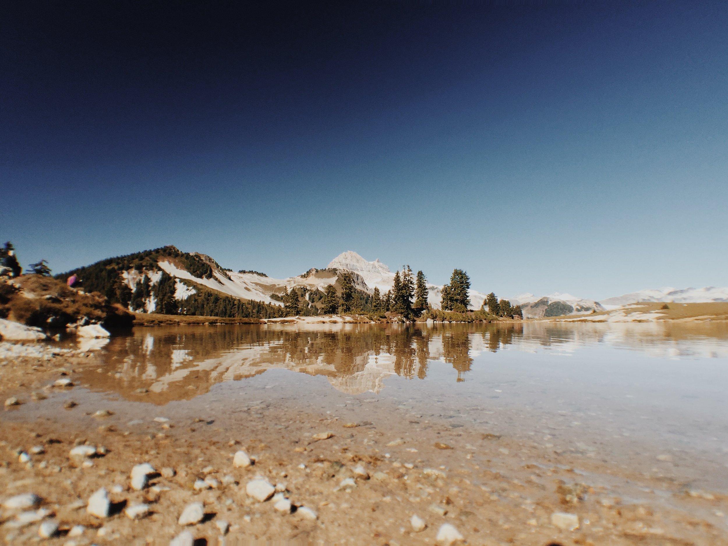 Elfin-Lakes-Lorraine-Yeung-4.jpg