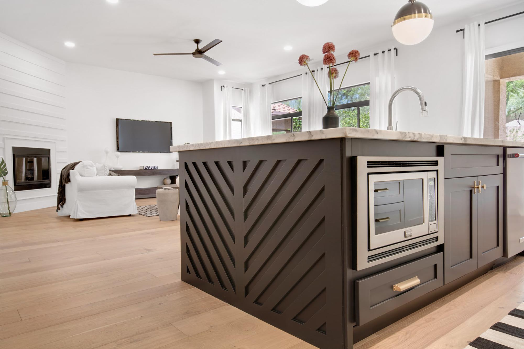 Kitchen island with cabinet and appliances