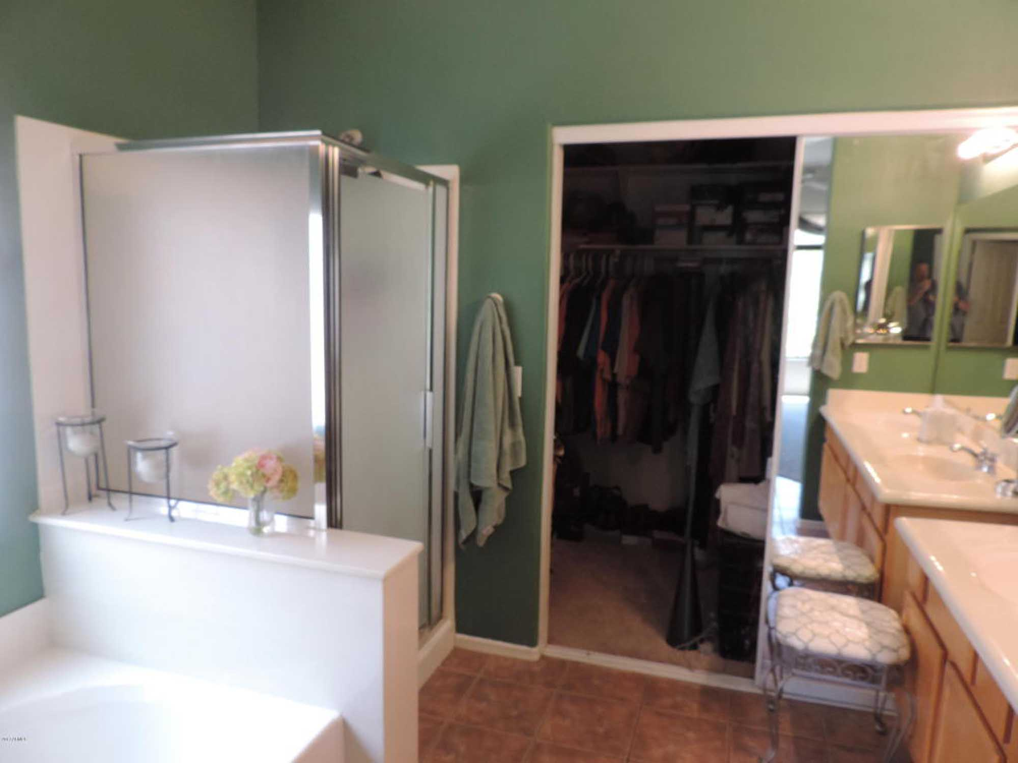 Old bathroom and dressing room