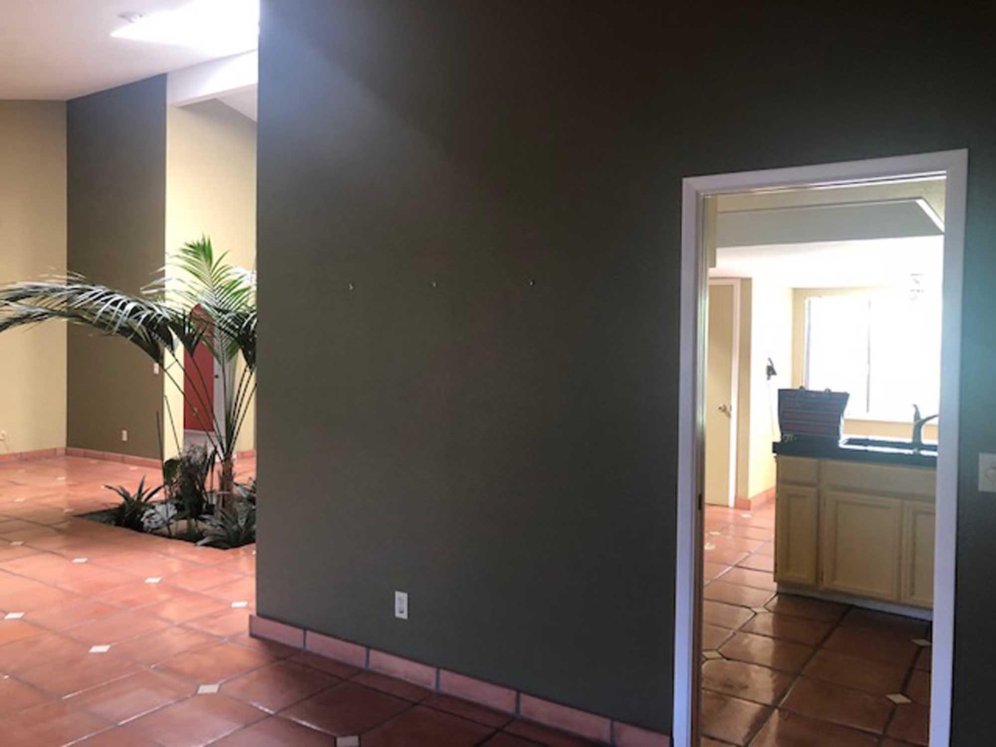 Entryway to kitchen