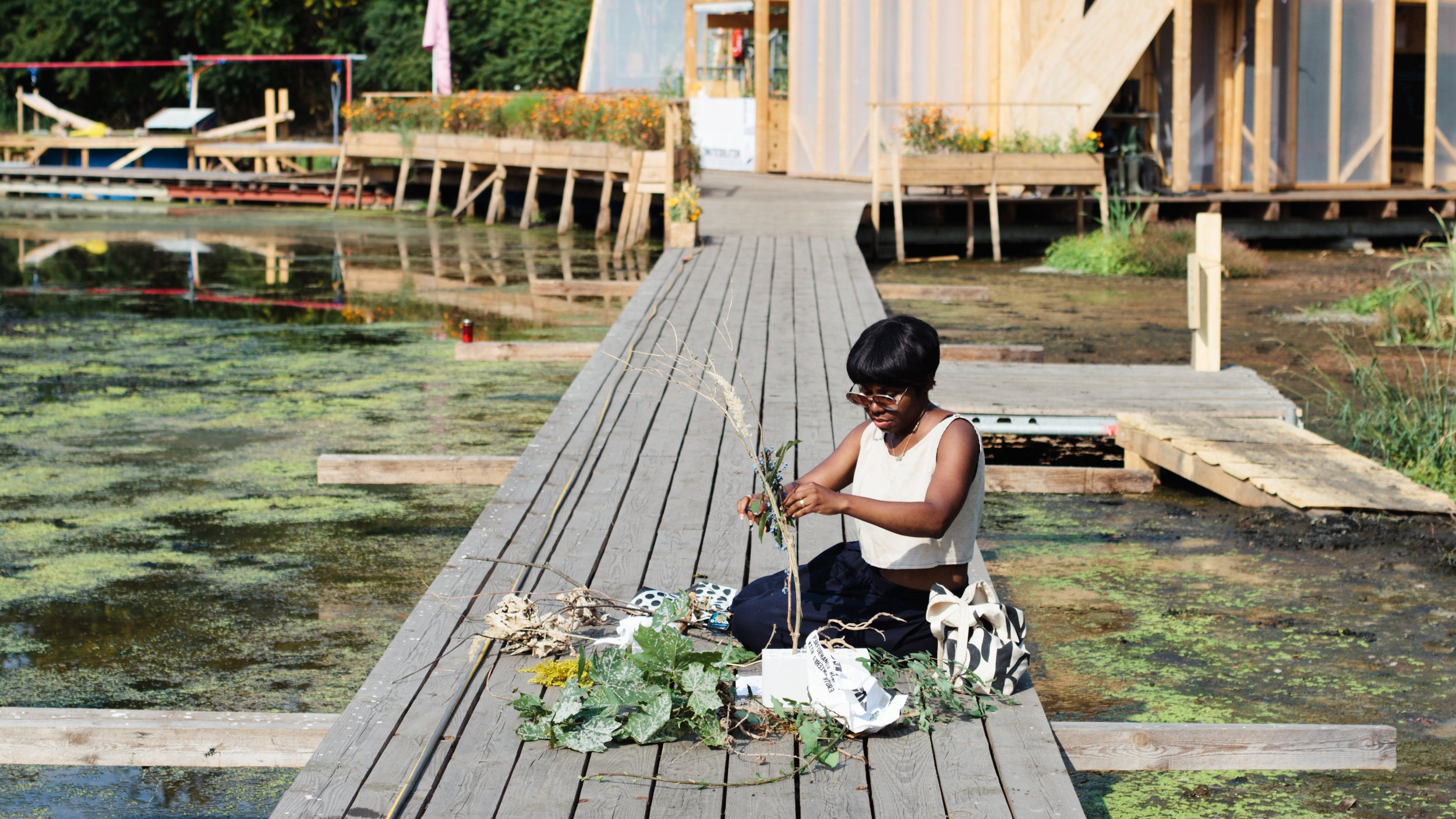 Free style urban Ikebana at Floating University Berlin. Photography: Lilia Luganskaia