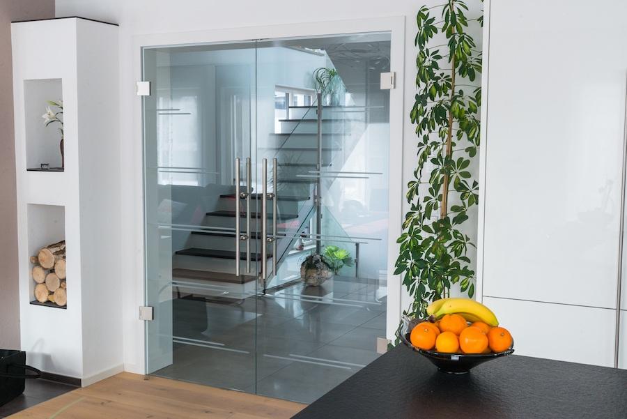 Böden, Türen & Fenster - Wir sind der Ansprechpartner für hochwertige Böden, Türen und Fenster für Ihr Zuhause – individuell, schön und sicher!