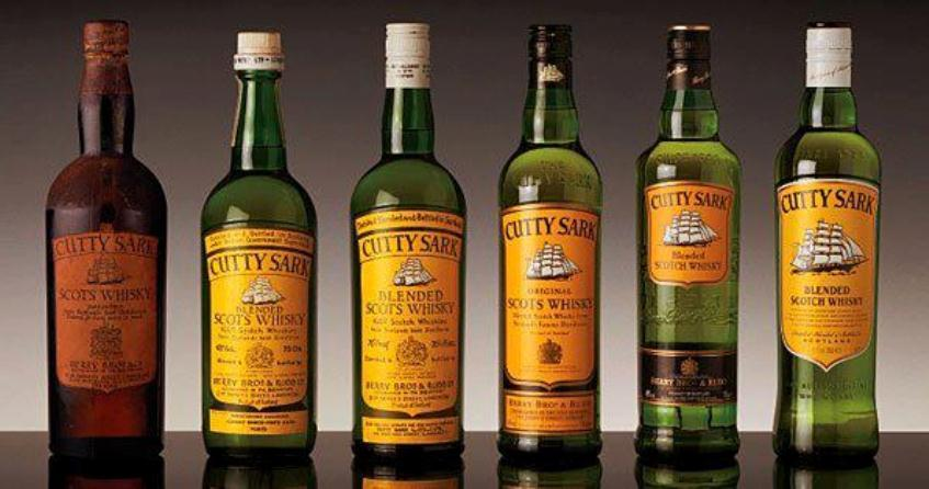 圖為歷代Cutty Sark的酒瓶,最左邊的就是禁酒令時代的版本。