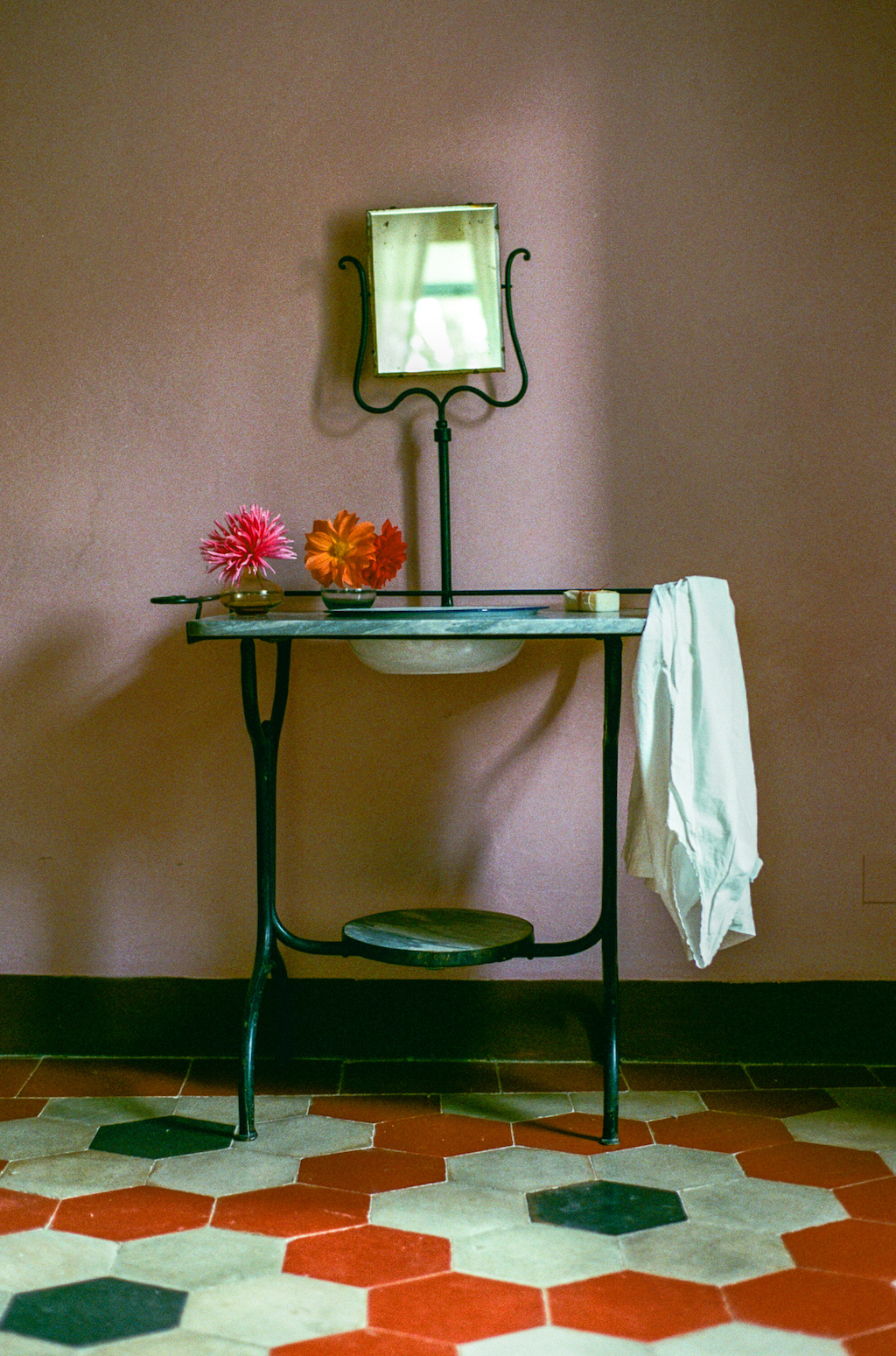 Rooms_and_bathrooms-25.jpg