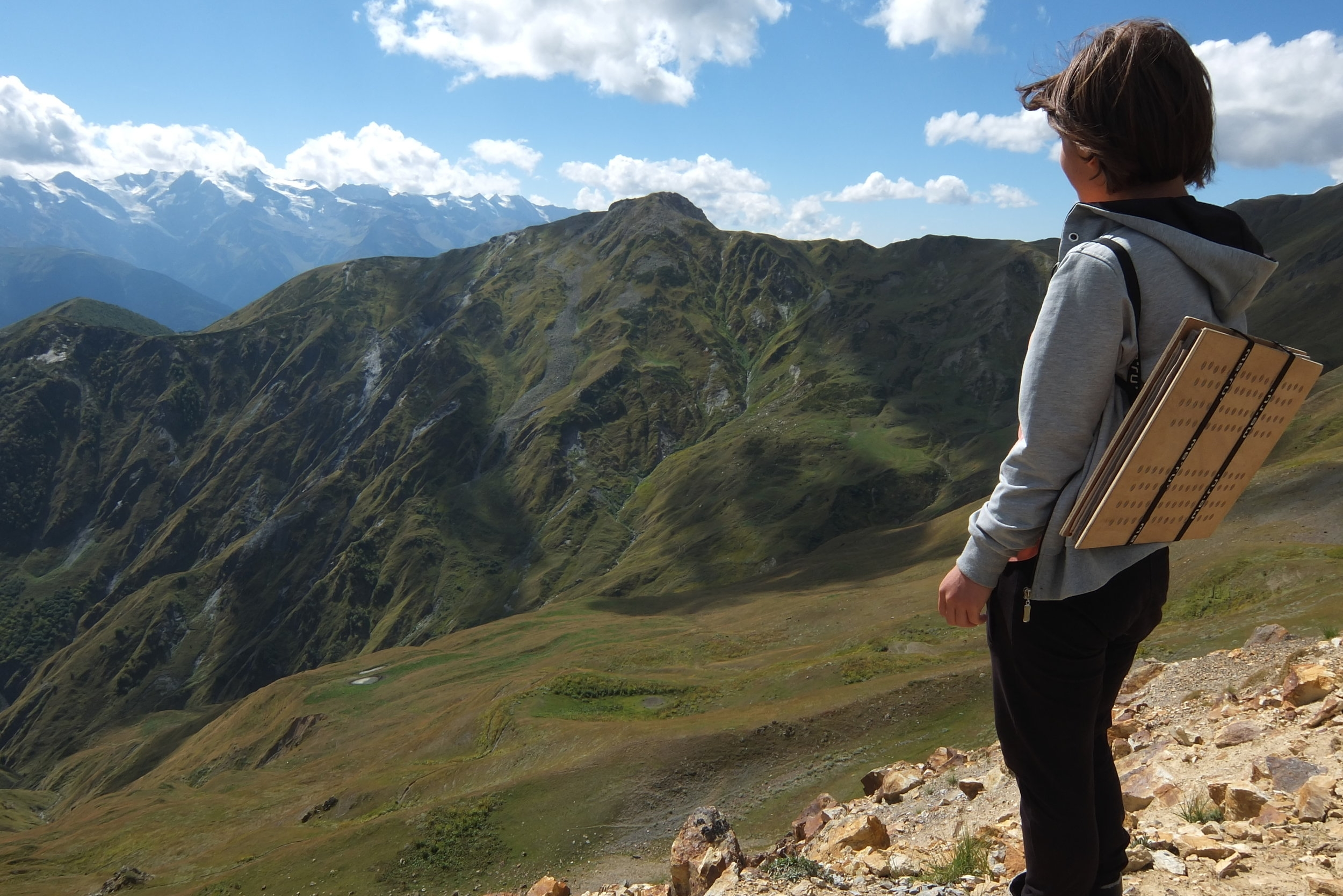 botany student in caucasus mountains.2014.JPG
