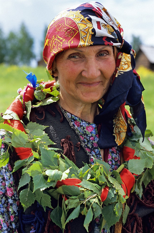 11 A women from Suzdal, Russia, wears a birch garland as part of the Troitsa (Pentecost) celebrations.  Paul Smit ((c) Mick Palarczyk).jpg