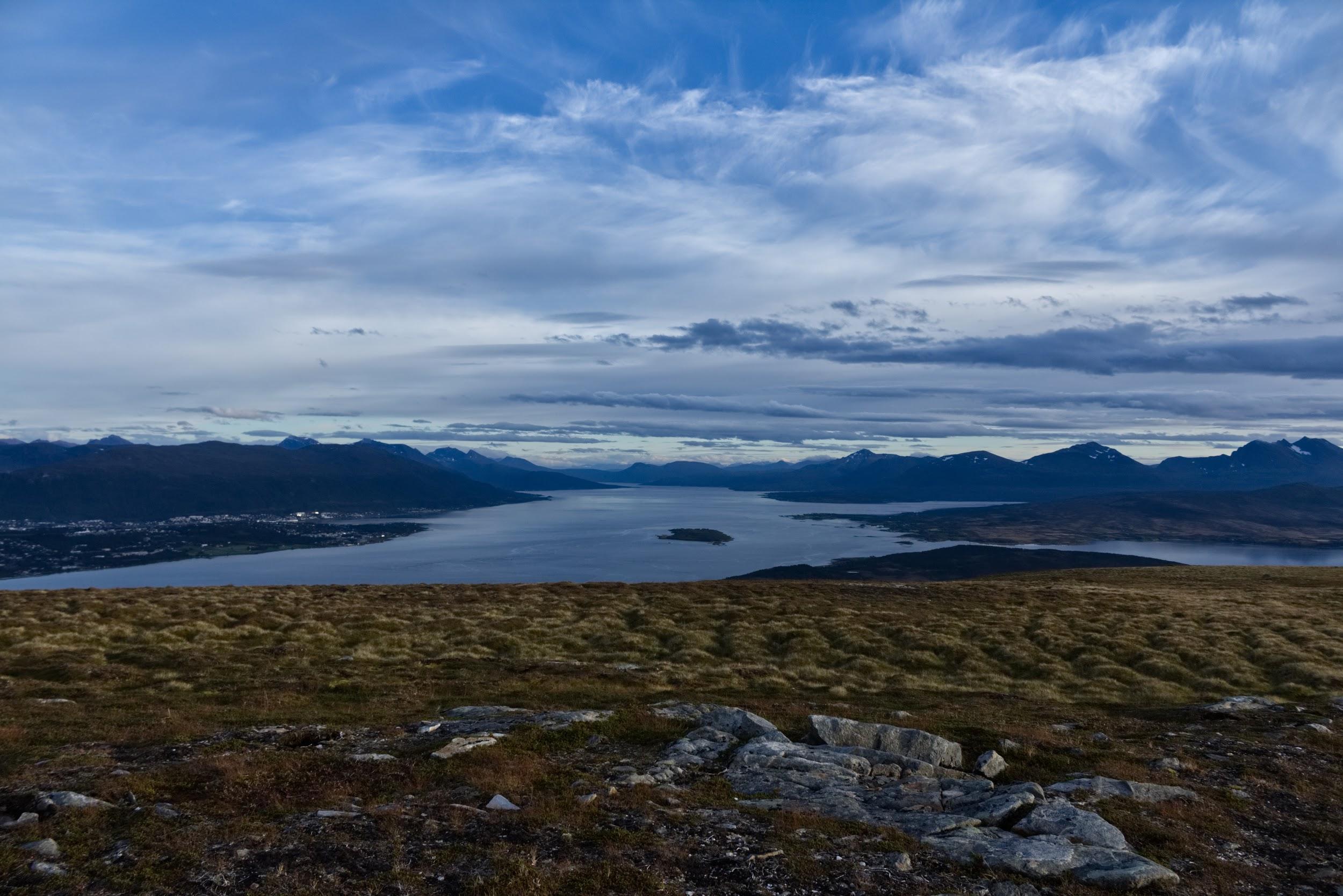 View of Romsa (Tromsø) and the surrounding landscape from the neighboring island of Sállir (Kvaløya) | Francesca Castagnetti / 2018