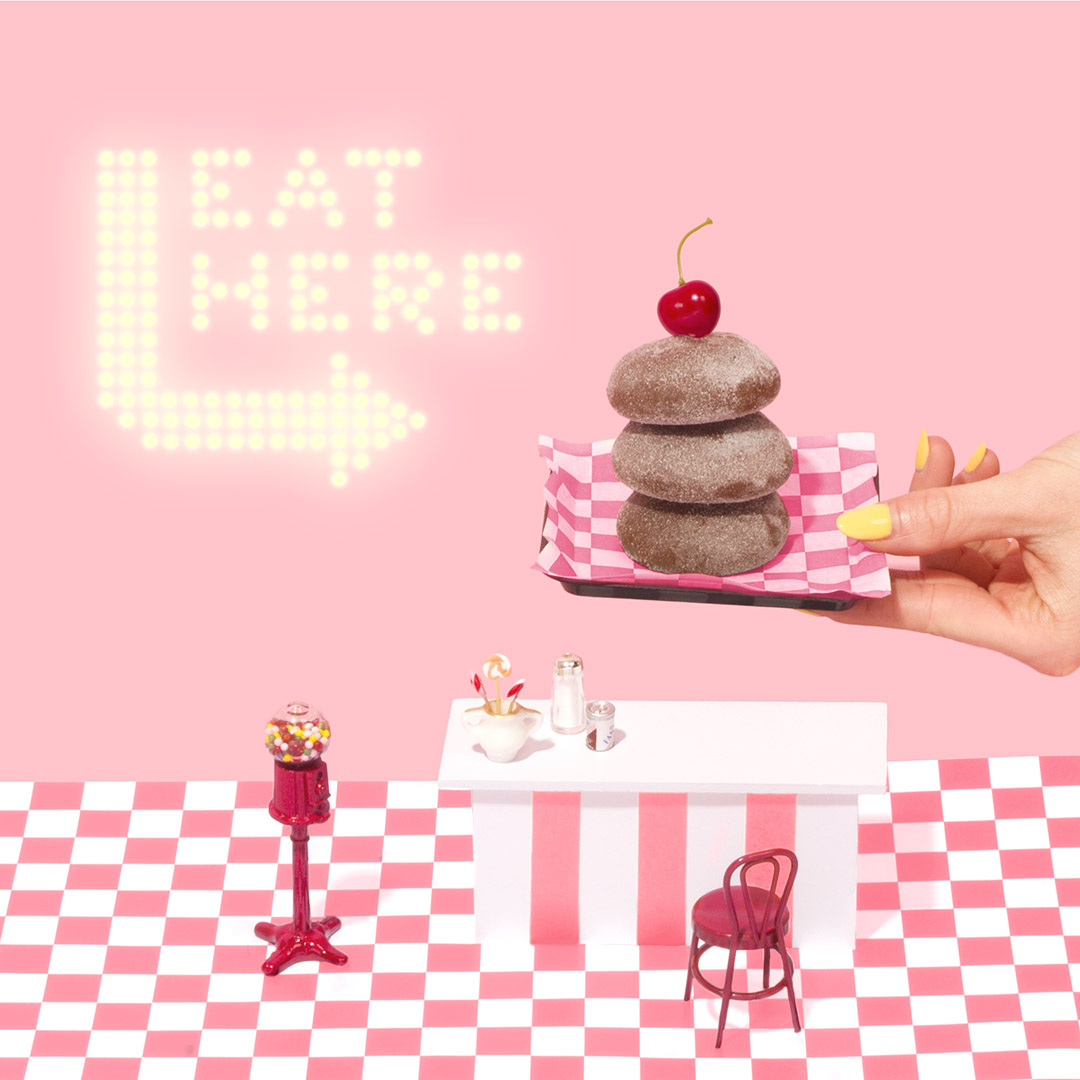Eat Here | Amy Shamblen, creative photographer | Masters of Content Creation,  The Content Designer Blog.