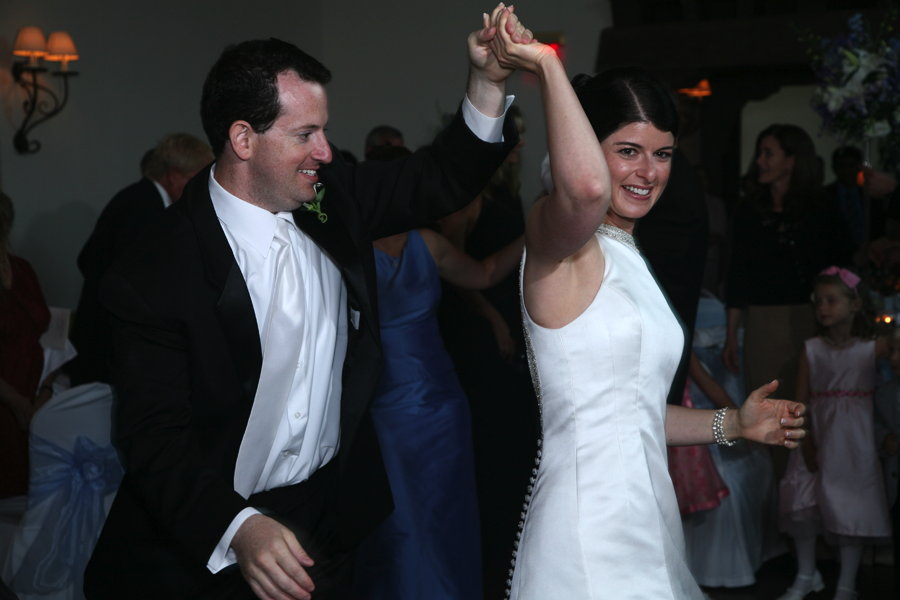 Let's Dance - Ready to take the first steps towards a perfect first dance? Contact us to set up a complimentary consultation.
