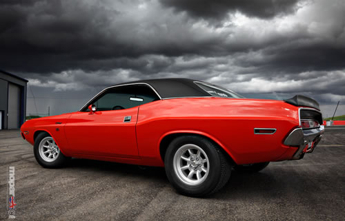 Challenger with Minilites