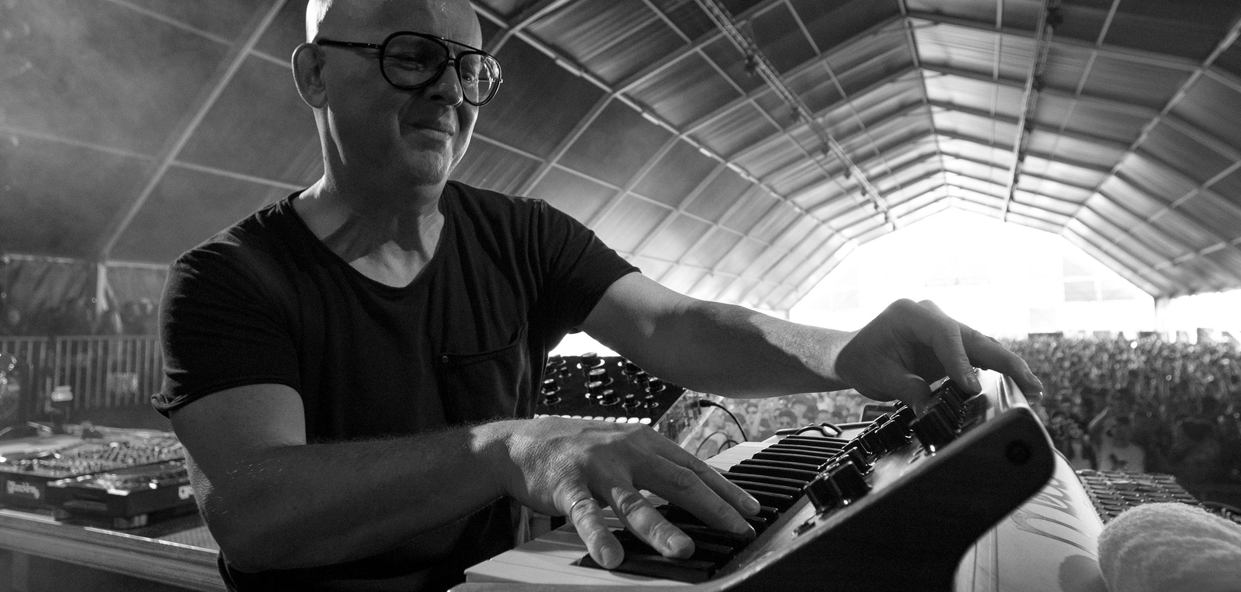 #Asobitai #Eastfestival #Ame #Bodzin #Dixon #AgentsofTime #Geranium #Dj #Epizode #Vietnam #Ibiza #Hiveh #Music #Festival #Peru #Uruguay #Urgell #Kalkbrenner #PaulKalkbrenner