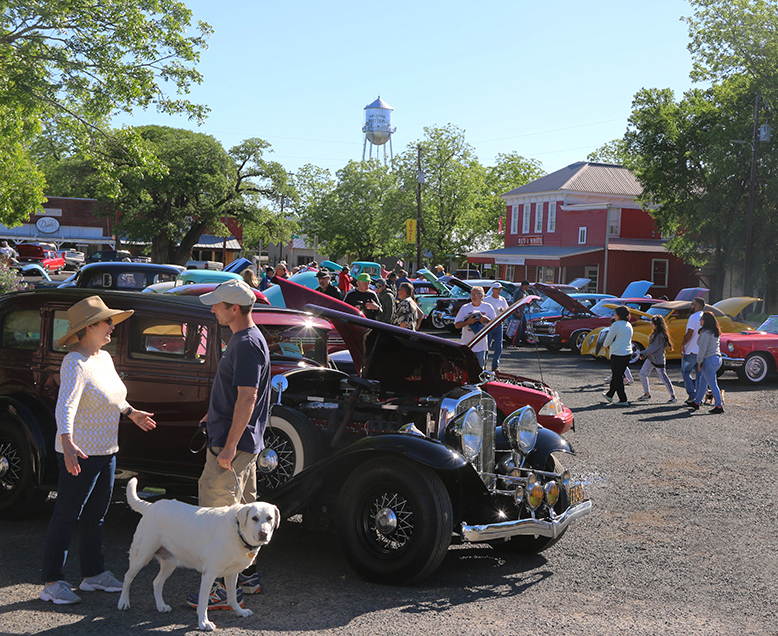 CLASSIC CAR SHOW - April 18th, 2020Fayetteville, Texas9:00am - 3:00pm on the Square