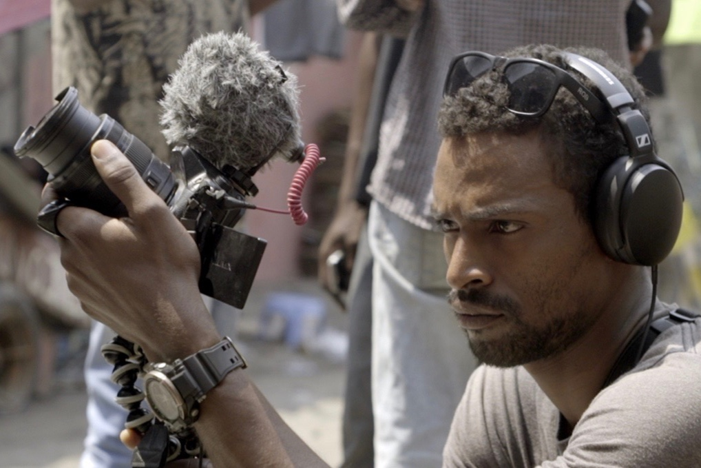 Nizar Saleh (1987, DRC)  is filmmaker and photographer. After finishing his studies in visual communication at  Académie des Beaux-Arts  in Kinshasa, Nizar made several short docs looking at Kinshasa's art scene. Together with his colleague cineast Paul Shemisi he founded production house 'Kimpavita Film'.