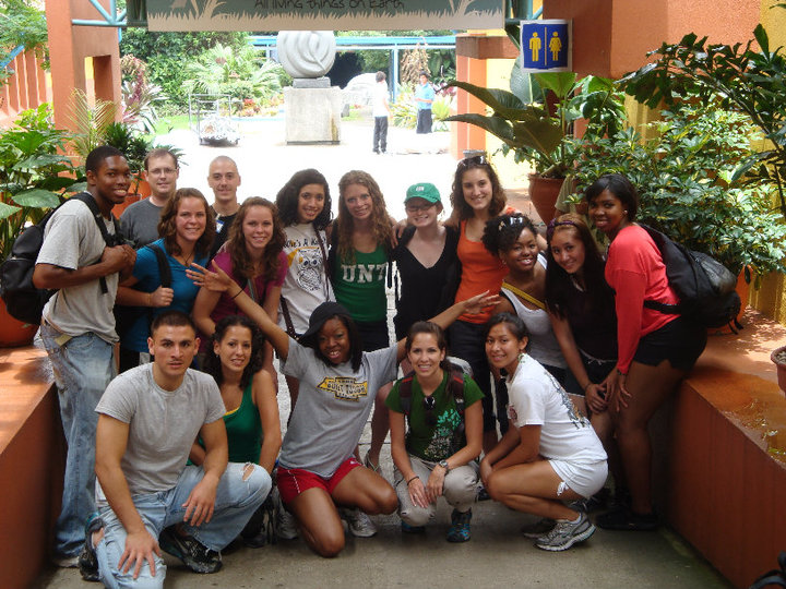 "Teaching: ""Dr. Dan Spears travels to Costa Rica with Emerald Eagle Scholars"""