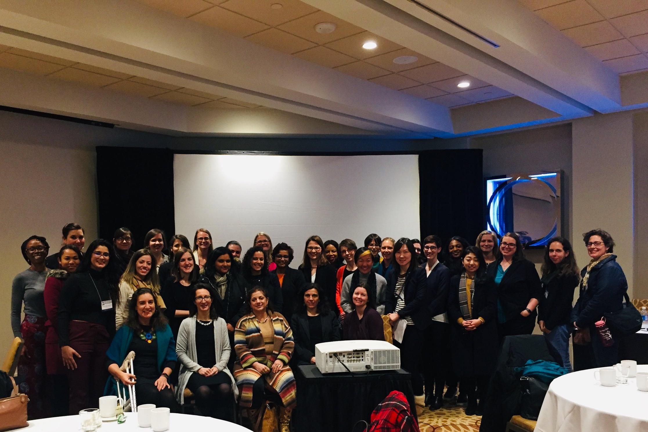 Actividad: Participante Seleccionado para el Programa de Tutoría para Mujeres 'Pay it Forward'
