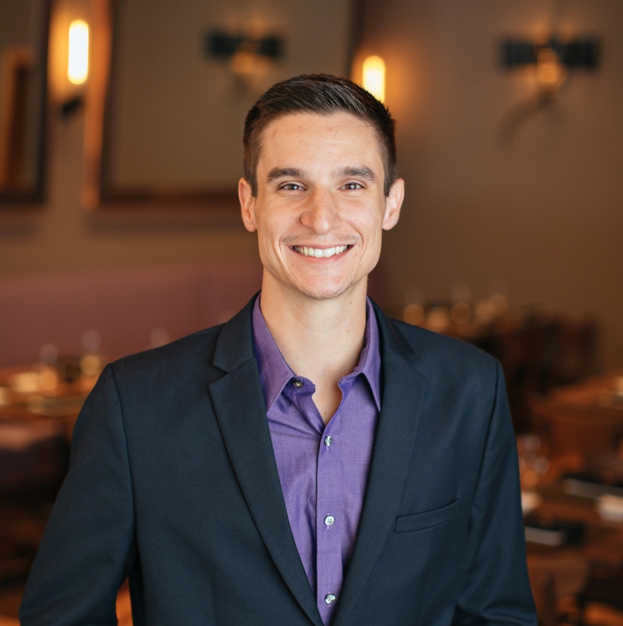 ZACH GIRGENTI   Brand Manager   Leading the Sukoshi team beginning with its Charlotte opening in late 2018, when Sukoshi announced it was packing its bags to open a second location in Atlanta, Zach did too. The team's first venture into the fine-casual realm, Zach combines his outgoing personality with his leadership mentality to perfectly match the brand. He manages the counter-service concept from hiring and team management to day-to-day operations and brand standards.