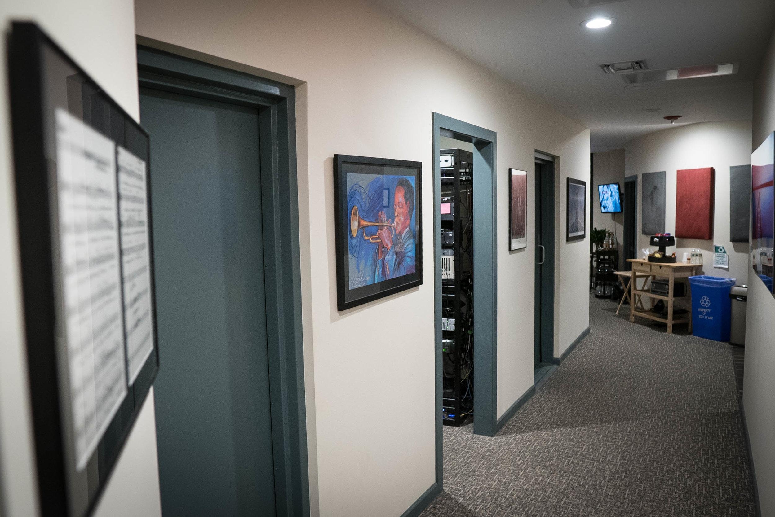 SB_Hallway2.jpg
