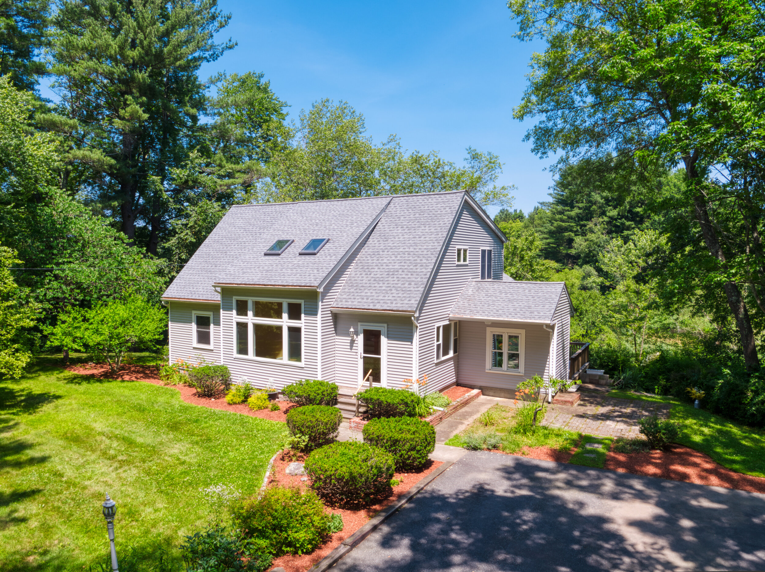 155 School Street - Click to View