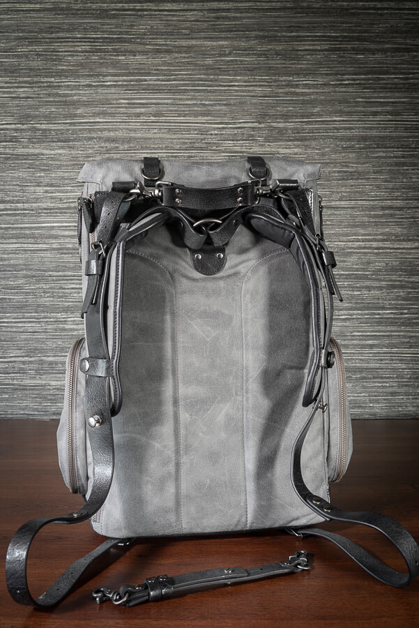 Wotancraft-New-Commander-Review-The-Outer-Bag-Rear-2.jpg