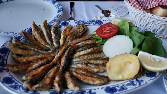 Fried Sardines under the Galata Bridge in Istanbul @Amina Mohamed Photography