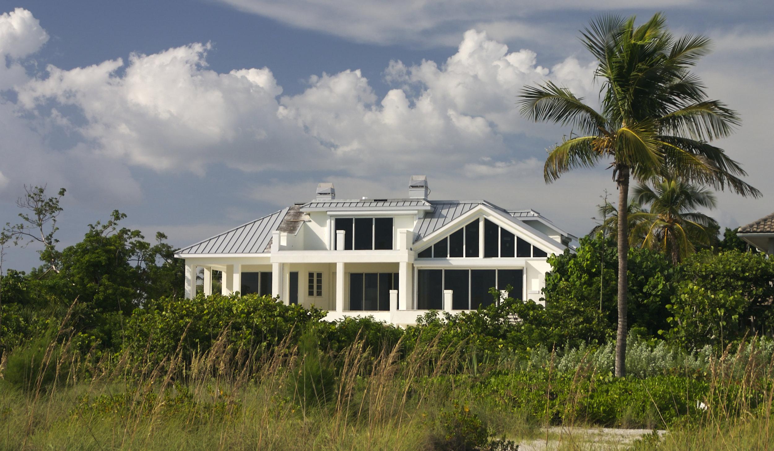 shutterstock_florida_style_home.jpg