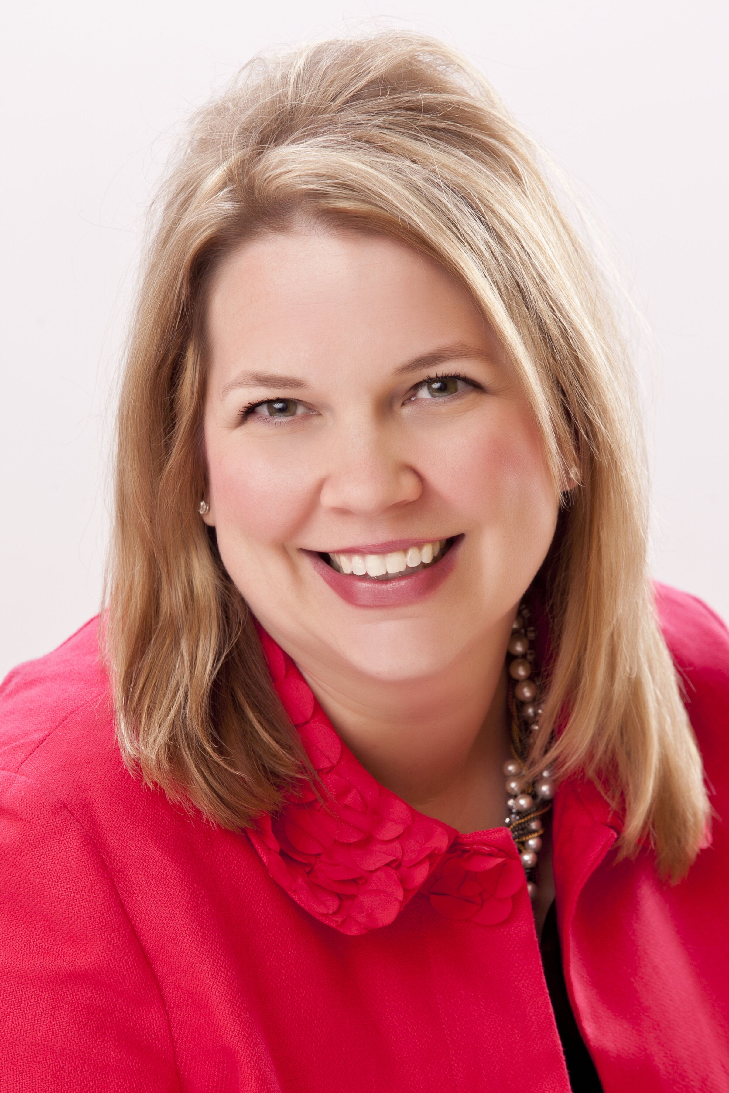 Beth Jensen - Beth Jensen is secretary of Emily's Hope. She helped Angela form the non-profit and secure the backing of KELOLAND Media Group for the cause. Beth was named KELOLAND News Director in 2008. She has produced stories, newscasts and specials that have received national Edward R. Murrow awards, regional Emmys and recognition from the South Dakota Associated Press.She is Sioux Falls native and graduate of Boston University where she studied broadcast journalism and political science. Beth serves as an EmBe Women's Leadership Mentor, on the Washington Pavilion Board of Trustees, Levitt At The Falls Board of Directors and Sioux Falls Thrive Board of Directors.