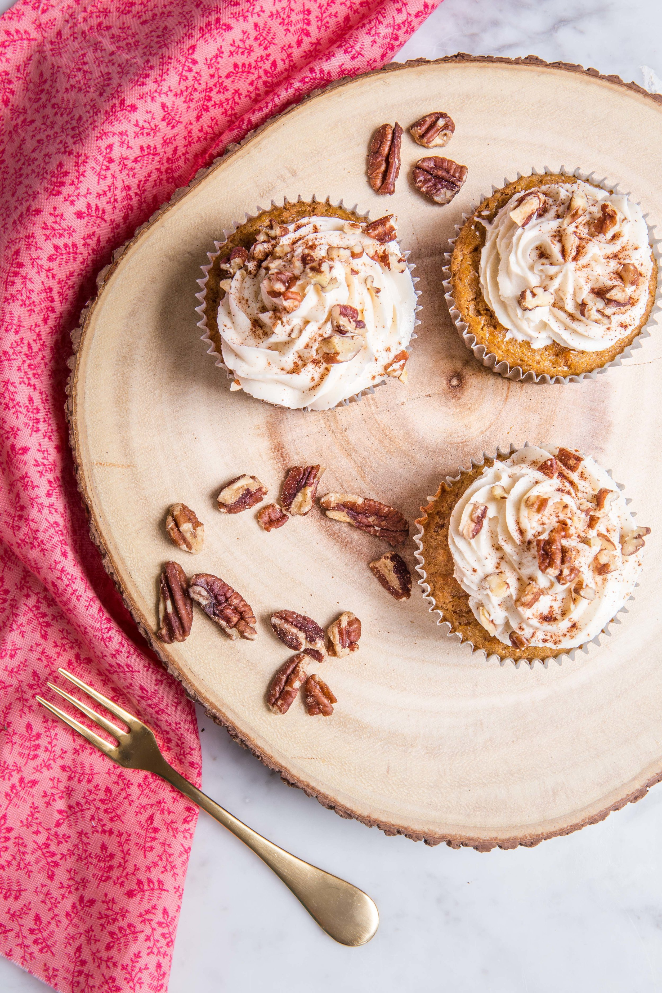carrot cake cupcakes.jpg